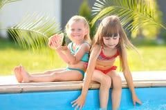 Πορτρέτο δύο κοριτσιών των φίλων Στοκ Φωτογραφία
