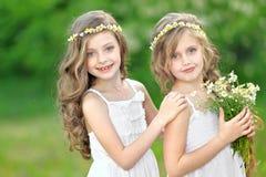 πορτρέτο δύο κοριτσιών Στοκ φωτογραφίες με δικαίωμα ελεύθερης χρήσης