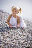Πορτρέτο gir λίγο στην παραλία Στοκ φωτογραφία με δικαίωμα ελεύθερης χρήσης
