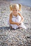 Πορτρέτο gir λίγο στην παραλία Στοκ εικόνες με δικαίωμα ελεύθερης χρήσης