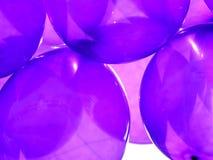Πορφυρά μπαλόνια κομμάτων Στοκ φωτογραφίες με δικαίωμα ελεύθερης χρήσης