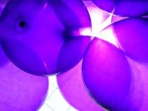 Πορφυρά μπαλόνια κομμάτων Στοκ εικόνες με δικαίωμα ελεύθερης χρήσης