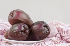 Πορφυρά φρούτα Otaheite στοκ εικόνες