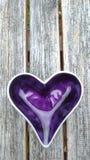 Πορφυρή καρδιά Στοκ φωτογραφία με δικαίωμα ελεύθερης χρήσης