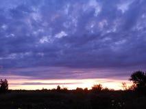 πορφυρό ηλιοβασίλεμα Στοκ φωτογραφία με δικαίωμα ελεύθερης χρήσης