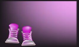 Πορφυρό υπόβαθρο πάνινων παπουτσιών Στοκ εικόνα με δικαίωμα ελεύθερης χρήσης