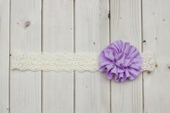 Πορφυρό headband λουλουδιών Στοκ φωτογραφίες με δικαίωμα ελεύθερης χρήσης