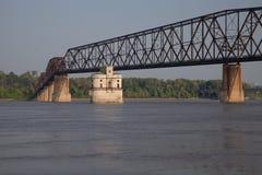 ποτάμι Μισισιπή γεφυρών Στοκ εικόνες με δικαίωμα ελεύθερης χρήσης