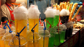 Ποτά και κοκτέιλ στην οδό πρόχειρων φαγητών Wangfujing Στοκ φωτογραφία με δικαίωμα ελεύθερης χρήσης