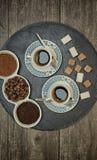 Ποτά, κατανάλωση, ενέργεια και έννοια καφεΐνης στοκ εικόνα