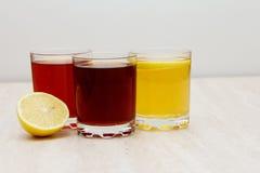 Ποτά των διαφορετικών χρωμάτων Στοκ Φωτογραφίες