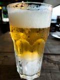 Ποτήρι της μπύρας στοκ εικόνα με δικαίωμα ελεύθερης χρήσης