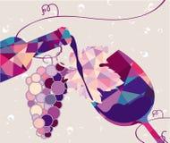 Ποτήρι του κόκκινου κρασιού με το σταφύλι φιαγμένο από τρίγωνα Στοκ εικόνες με δικαίωμα ελεύθερης χρήσης