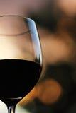 Ποτήρι του κόκκινου κρασιού Στοκ εικόνα με δικαίωμα ελεύθερης χρήσης