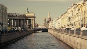 Ποταμοί και κανάλια της Αγία Πετρούπολης απόθεμα βίντεο