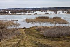 Ποταμός άνοιξη Στοκ φωτογραφίες με δικαίωμα ελεύθερης χρήσης
