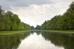 ποταμός αντανάκλασης Στοκ φωτογραφία με δικαίωμα ελεύθερης χρήσης