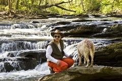 ποταμός ατόμων σκυλιών Στοκ εικόνες με δικαίωμα ελεύθερης χρήσης