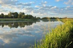 ποταμός αυγής Στοκ εικόνες με δικαίωμα ελεύθερης χρήσης