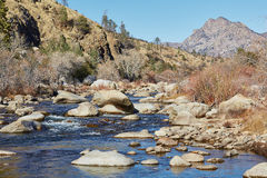 Ποταμός βουνών, Καλιφόρνια, Ηνωμένες Πολιτείες Στοκ Εικόνες