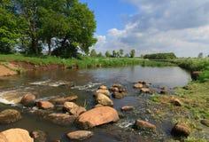 Ποταμός & βράχοι Στοκ Εικόνα