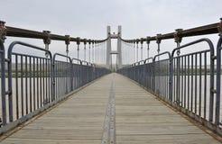 ποταμός γεφυρών κίτρινος Στοκ φωτογραφία με δικαίωμα ελεύθερης χρήσης