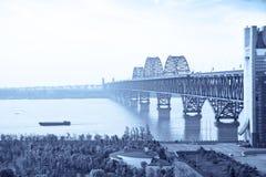 ποταμός γεφυρών yangtze Στοκ φωτογραφία με δικαίωμα ελεύθερης χρήσης