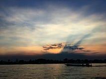 Ποταμός ηλιοβασιλέματος Στοκ εικόνα με δικαίωμα ελεύθερης χρήσης