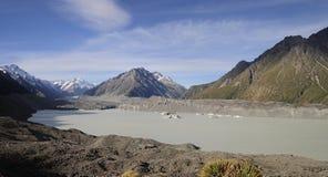 Ποταμός και λίμνη Tasman, Νέα Ζηλανδία παγετώνων Tasman Στοκ Εικόνες