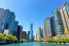 Ποταμός και ουρανοξύστες του Σικάγου Στοκ εικόνα με δικαίωμα ελεύθερης χρήσης