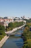 ποταμός παλατιών της Μαδρίτ Στοκ φωτογραφία με δικαίωμα ελεύθερης χρήσης