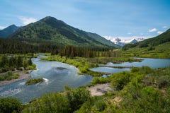 Ποταμός πλακών, λοφιοφόρος λόφος, Κολοράντο Στοκ Εικόνα