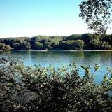 Ποταμός (Ρήνος στη Γερμανία) Στοκ Φωτογραφίες