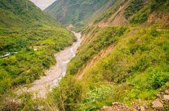 Ποταμός σε μια κοιλάδα στο Περού Στοκ εικόνες με δικαίωμα ελεύθερης χρήσης