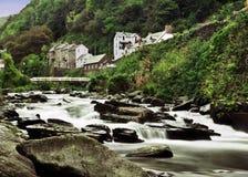 Ποταμός σε Lynton στοκ εικόνα