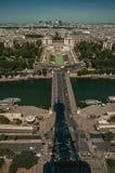 Ποταμός Σηκουάνας και οικοδόμηση Trocadero που βλέπει από τον πύργο του Άιφελ στο Παρίσι στοκ φωτογραφία με δικαίωμα ελεύθερης χρήσης