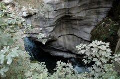 Ποταμός στα δύσκολα βουνά στην επαρχία Syunik, Αρμενία, Hayastan Στοκ Εικόνες