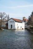 Ποταμός στην πόλη του Annecy, Γαλλία Στοκ εικόνες με δικαίωμα ελεύθερης χρήσης
