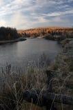 Ποταμός στη σιβηρική περιοχή του Ιρκούτσκ taiga, Στοκ Φωτογραφία