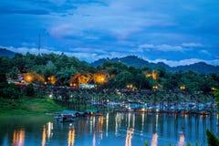 Ποταμός στις άγρια περιοχές στοκ εικόνες