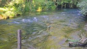 Ποταμός στους καταρράκτες Kursunlu σε Antalya Τουρκία απόθεμα βίντεο