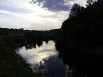 Ποταμός στο δάσος Στοκ Εικόνες