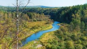 Ποταμός στο δασικό Ural, Ρωσία Στοκ Εικόνες