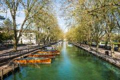 Ποταμός στο Annecy, Γαλλία Στοκ εικόνα με δικαίωμα ελεύθερης χρήσης