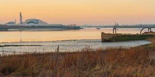 Ποταμός Τάμεσης βιομηχανικός Στοκ εικόνα με δικαίωμα ελεύθερης χρήσης