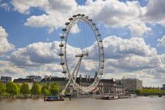 ποταμός Τάμεσης του Λονδίνου ματιών Στοκ Εικόνες