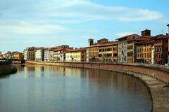 Ποταμός της Πίζας - Arno στοκ εικόνα με δικαίωμα ελεύθερης χρήσης