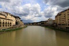 Ποταμός της Φλωρεντίας Arno στοκ εικόνες