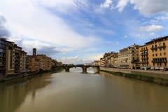 Ποταμός της Φλωρεντίας Arno στοκ φωτογραφίες με δικαίωμα ελεύθερης χρήσης