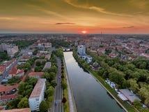 Ποταμός της Cris Oradea στο ηλιοβασίλεμα στοκ φωτογραφίες